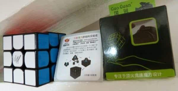 rubiks cube guoguan yuexiao deballage
